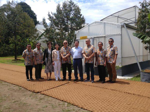Berkunjung ke Agricon, CEO Sinochem Mencicipi Durian dan Kopi Nusantara